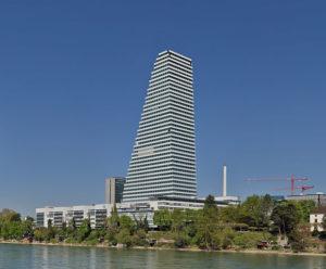 Die Firma Roche - hier der Hauptsitz in Basel - unterstützt wie viele andere Pharmaunternehmen Patientenorganisationen. (Foto Wladyslaw Sojka www.soyka.photo, Lizenz Freie Kunst 1.3)